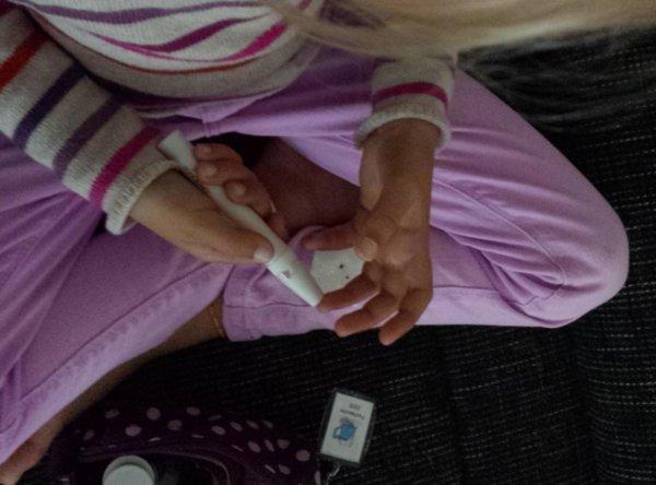 Bild-1-die-erste-zeit-war-schwer-blutzuckermessen