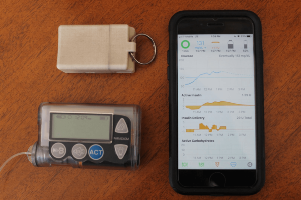 RileyLink, Insulinpumpe und Smartphone: Nötig für einen selbstgebastelten Loop